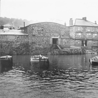 Historic photo of foundry on site of Newlyn former ice works (Penlee House collection)