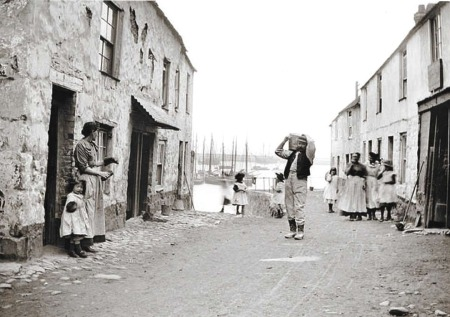 Historic photo of Gwavas Quay, Newlyn (from Billy Stevenson Collection)
